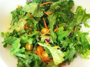 tossed lettuce salad